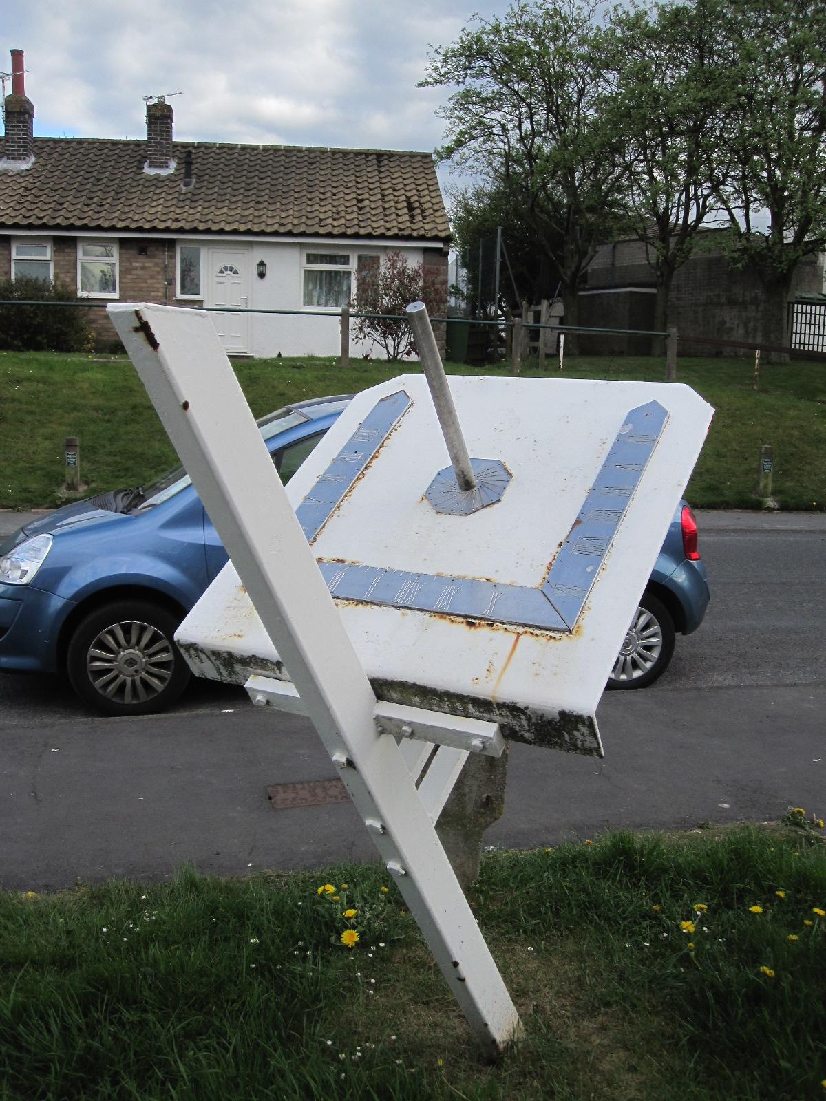 Ingham Close Sundial 2 20130508